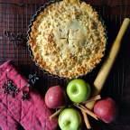 Mom's Favourite Apple Cinnamon Pie